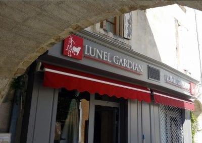 Enseigne relief – Lunel Gardian